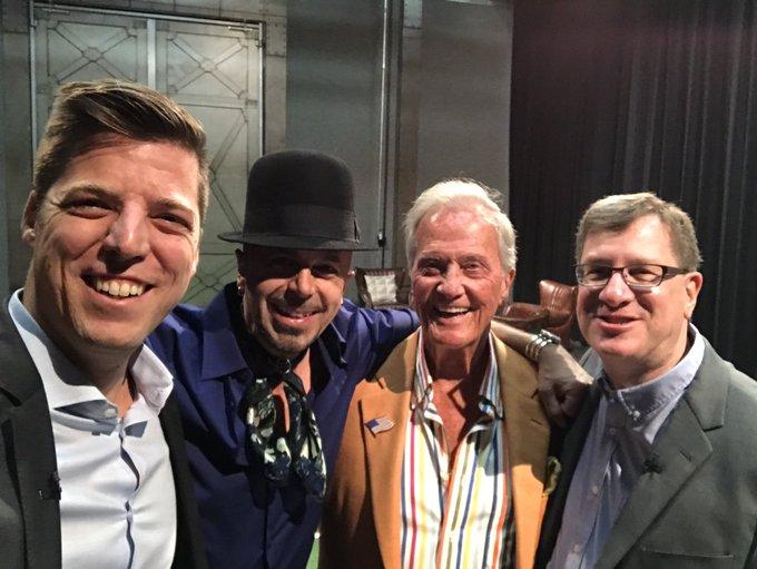 Bobby Schuller, Pat Boone & Lee Strobel